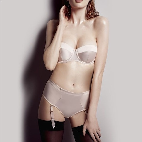 Agent Provocateur Other - NWOT Penelope Set  Strapless Bra   Suspender Brief c8493aea6